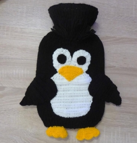 RESERVIERT für Christian Wimmer - Gestrickter Wärmflaschenbezug - Pinguin