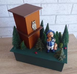 Handgefertigte Geschenkverpackung / Schachtel aus Pappe, Papier und Buchleinen - Waldspaziergang - Urlaub - Handarbeit kaufen