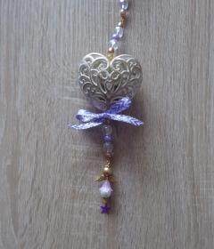 Wand-/Türdeko mit Herz und Engelchen - lila-gold-weiß-farblos - Handarbeit kaufen