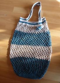 Handgehäkeltes Einkaufsnetz/Einkaufstasche mit Taschenbaumler Fisch (türkis-grau) - Handarbeit kaufen