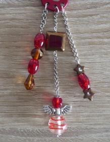 Taschenanhänger/Taschenbaumler aus Perlen und Metallketten mit Engelchen (rot-braun-silber)  - Handarbeit kaufen
