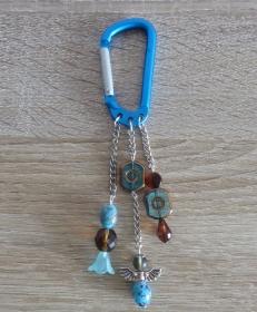 Taschenanhänger/Taschenbaumler aus Perlen und Metallketten mit Engelchen (türkis-silber-braun) - Handarbeit kaufen