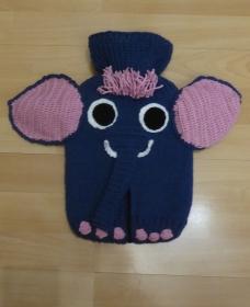 Gestrickter Wärmflaschenbezug - Elefant blau-rosa