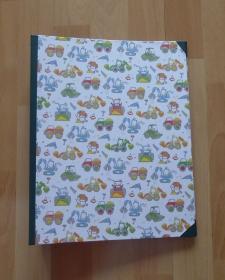 Handgefertigtes Ringbuch für DIN A4 aus Pappe, Papier und Buchleinen - Baumaschinen - Handarbeit kaufen