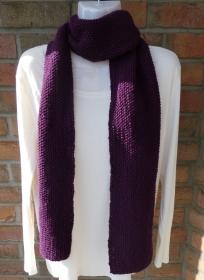 gestrickter Schal mit Perlmuster - lila (Länge 178 cm)  - Handarbeit kaufen
