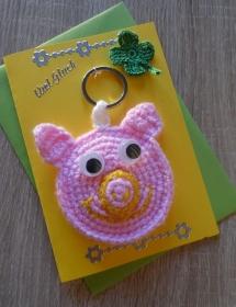 Schlüsselanhänger / Taschenanhänger Glücksschweinchen inkl. Grußkarte und Briefumschlag (rosa-gelb-grün) - Handarbeit kaufen