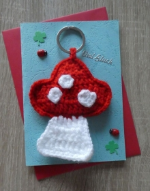 Schlüsselanhänger / Taschenanhänger Fliegenpilz inkl. Grußkarte und Briefumschlag (rot-weiß-blau-grün) - Handarbeit kaufen