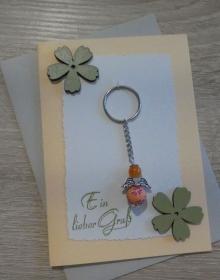Schlüsselanhänger Engel inkl. Grußkarte und Briefumschlag (orange/grün/beige/aprikot/grau) - Handarbeit kaufen