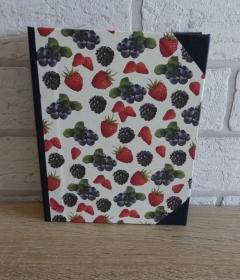 Handgefertigtes Ringbuch für DIN A6 aus Pappe, Papier und Buchleinen - Motiv:Beeren  - Handarbeit kaufen