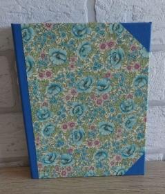 Handgefertigtes Ringbuch für DIN A6 aus Pappe, Papier und Buchleinen - Motiv: Blumen - Handarbeit kaufen
