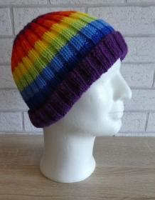gestrickte Mütze (100% Polyacryl) - Regenbogenfarben - Handarbeit kaufen