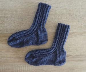 Gestrickte Socken Größe 24/25 blau - Handarbeit kaufen