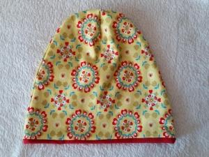 Handgefertigt Mütze Beanie Kopfbedeckung doppellagig gelb rot Ornamente Gr. 46/48
