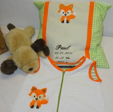 Baby-Spar-Set genäht und bestickt, bestehend aus einem Schlafsack sowie einem Geburtskissen 40 x 60 oder 50 x 50 mit allen Daten zur Geburt