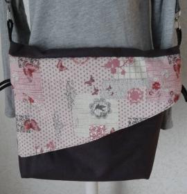wandelbare Einkaufstasche aus Baumwollle und Kunstleder mit Baumwolle gefüttert und in der Länge verstellbarem Trageriemen
