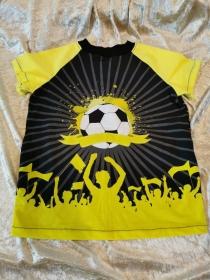 T-Shirt ´Fußball´ Gr. 122/128 - Handarbeit kaufen