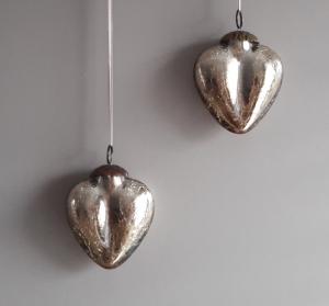 Hängedeko Fensterdeko Aufhänger traumhafte goldene Herzen unabhängig von der Jahreszeit
