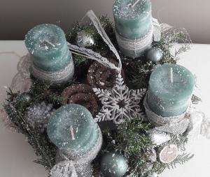 Adventskranz Adventsgesteck weihnachtliche winterliche Adventszeit