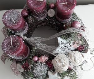 Adventskranz Adventsgesteck weihnachtliche träumerische Adventszeit