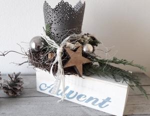 Tischdeko Tischgesteck Shabby winterliches Adventslicht Winter Holzbalken