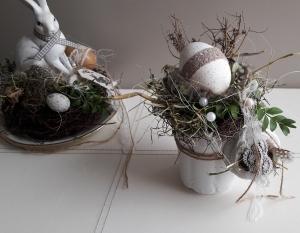 Tischdeko Tischgesteck Shabby Kaffeekännchen Frühling Ei mit Naturmaterialien