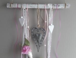 Fensterdeko Hängedeko Aufhänger Ast mit Herzen