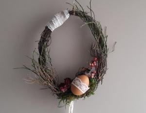 Hängedeko Fensterdeko Wohnraumdeko Frühling Rebenkranz mit Ei