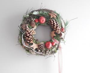 Türkranz traditionelle Weihnacht Apfel, Sterne, Konifere