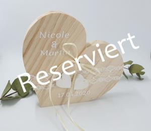 Ringkissen Vintage großes Holzherz Reserviert für Nicole