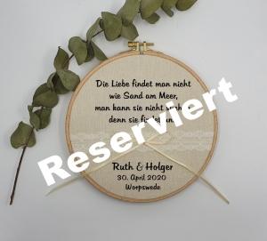 Ringkissen Stickrahmen mit Spruch reserviert für Holger