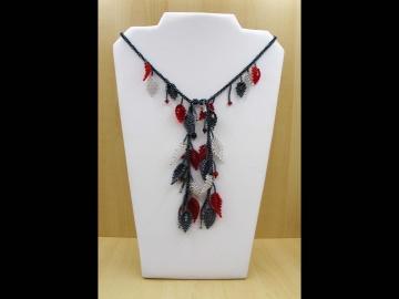 Blätterkette aus 2,3mm Rocailles lang; rot-silber-blutstein  - Handarbeit kaufen