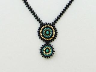 Collier Cleopatra klein aus 2,3mm Rocailles in gold, blau, türkis - Handarbeit kaufen