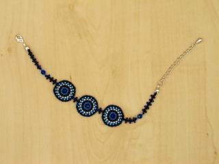 Armband mit Kreisen aus Rocailles & Glasperlen in wasserblau - Handarbeit kaufen