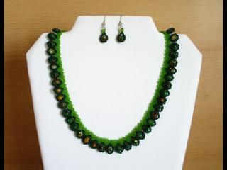 Tröpfchencollier Set grün; Collier + Ohrringe - Handarbeit kaufen