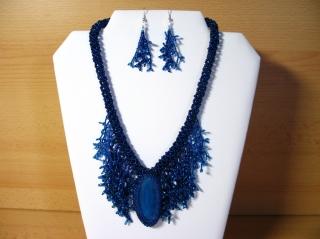 Korallencollier mit Achatscheibe - Set wasserblau; Collier+ Ohrringe