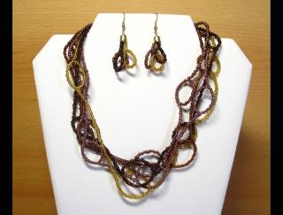 Schlingen Set aus Rocailles 2,6mm; Kette + Ohrringe; braun-gold - Handarbeit kaufen