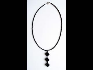 Y-Kette aus Glasschliffperlen 3mm, schwarz - Handarbeit kaufen