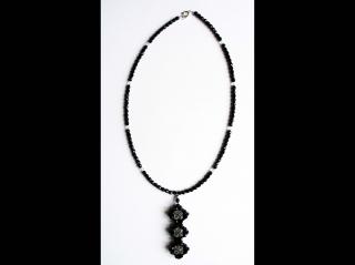 Y-Kette aus Glasschliffperlen 4mm, schwarz-durchsichtig - Handarbeit kaufen