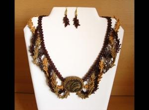 Wellen Schmuckset mit Stromatolith und Rocailles; Collier+Ohrringe; braun - Handarbeit kaufen