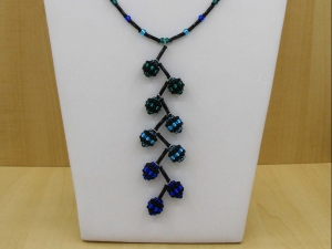 Y-Kette mit beaded beads aus Rocailles + Stiftperlen; blau-türkis-schwarz - Handarbeit kaufen