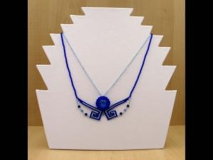 Mäandercollier mit Glascabochon; blau - Handarbeit kaufen