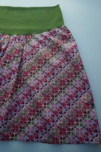 Baumwollrock 'Blütenornamente' rosa-grün - bequemer Jerseybund - handgenäht