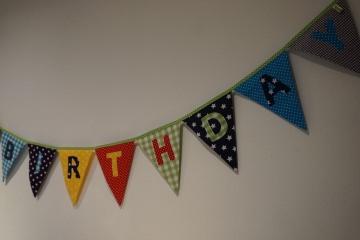 Geburtstagsgirlande - Happy Birthday - kunterbunt - Wimpelkette - handgenäht