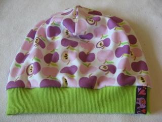 Beanie - 'Lila Äpfelchen - Gr. 2 - aus Baumwoll-Jersey - handgenähtes Einzelstück - Handarbeit kaufen