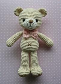 Teddy Bär  Bärin gehäkelt cremeweiß/rosa, Bio - Baumwolle Häkelspielzeug Häkelteddy - Handarbeit kaufen
