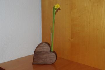Vase - Herzvase aus Holz