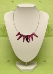 Collier mit pinken Perlmuttzapfen