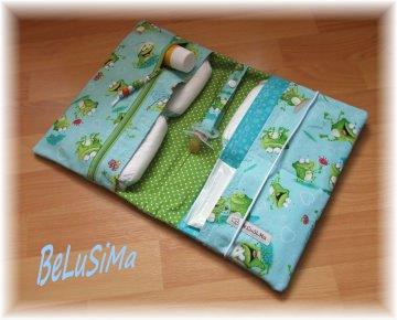 Windeltäschchen mit süßem Fröschlein-Motiv, türkis-grün, Handarbeit mit ♥ von Belusima, Geschenk zur Geburt