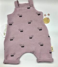 Latzhose, Jumpsuit, Babydress, Jumper, Happy Bär, altrosa , Größe 56/62 von Mausbär