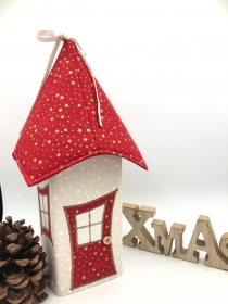 Lichthaus,  ca. 34 cm,  Wichtelhäuschen,  Weihnachtshaus,  Weihnachtslampe,   Weihnachtsdeko, Fensterdeko, rot, gold - Handarbeit kaufen